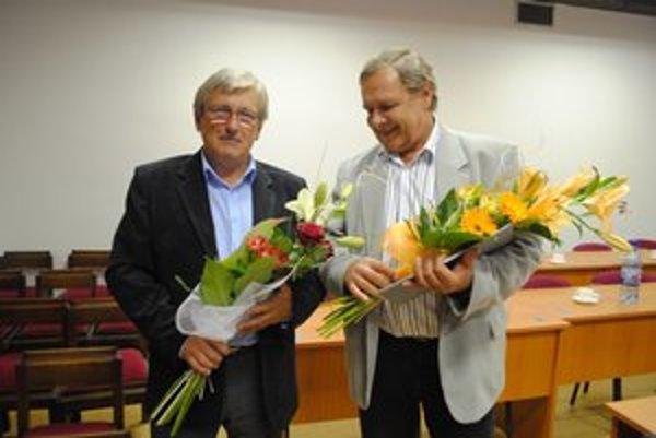 Oslávenci Ján Babej (na snímke vľavo) a Jozef Keller oslávili 60. narodeniny.