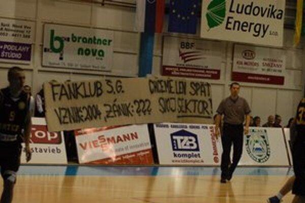 Ďalší štrajk nebude. Na zápase s Levicami by už mali opäť pomáhať aj hlasivky fanklubu, ktoré proti Interu stíchli a svoju nevôľu prejavili aj transparentom.
