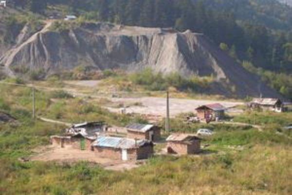 Pracovníci z rakúskej charity chceli zmapovať najchudobnejšie časti našej krajiny. Patria medzi ne aj rudnianske rómske osady. V Rudňanoch žije 1 700 Rómov.