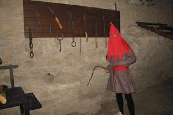 Nástroje na mučenie. Zdá sa, že v stredoveku fantázia nemala hranice. Svedectvom je bohatý arzenál mučiacich nástrojov.