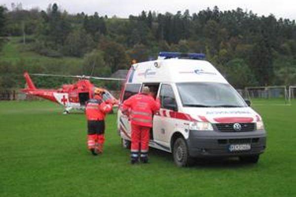 Vrtuľník už priletel do Mníška nad Hnilcom zbytočne.