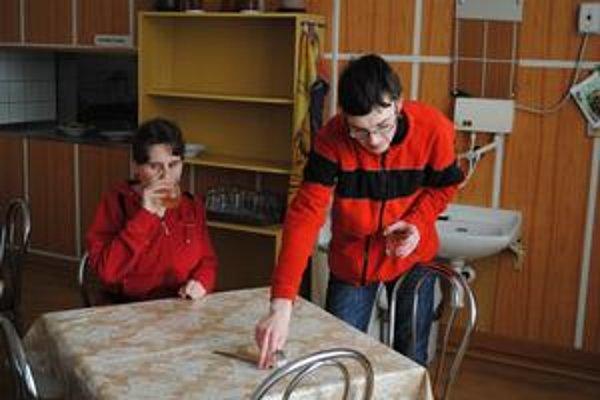 Školská jedáleň. Levočskí poslanci schválili pre cirkevnú školu a toľko peňazí ako pre mestskú.