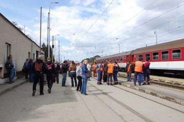 Medzi zamestnancami stanice v metropole Spiša vládne strach.