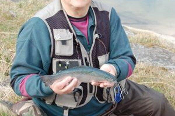 Štefan. Jeden z víkendových úlovkov dlhoročného rybára.