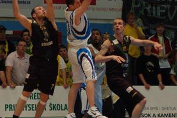 Ešte jeden. Prehrou spred týždňa sa basketbalová domáca sezóna na Spiši neskončila.