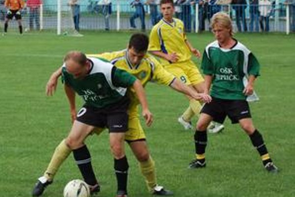 V derby remíza. Vo veľkom spišskom derby Smižany - Teplička sa zrodila remíza 2:2, hoci domáci mali veľmi blízko k víťazstvu.