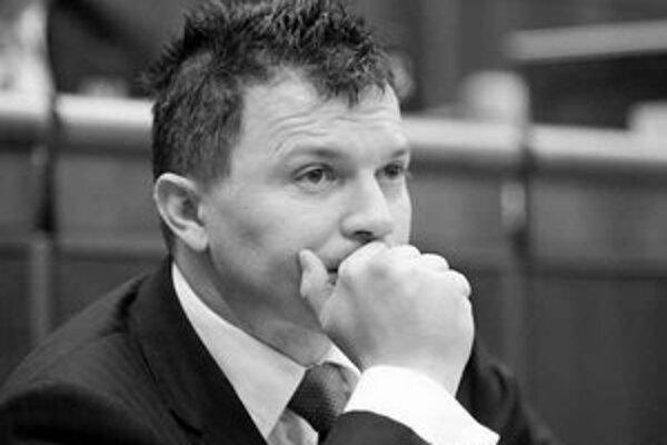 Vo februári rezort financií označil návrhy zákonov z dielne ministerstva zdravotníctva za zmätočné. Včera sa už minister financií Ján Počiatek vyjadroval miernejšie.