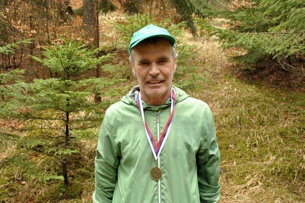 František Gallik opäť preteká aje šťastný.