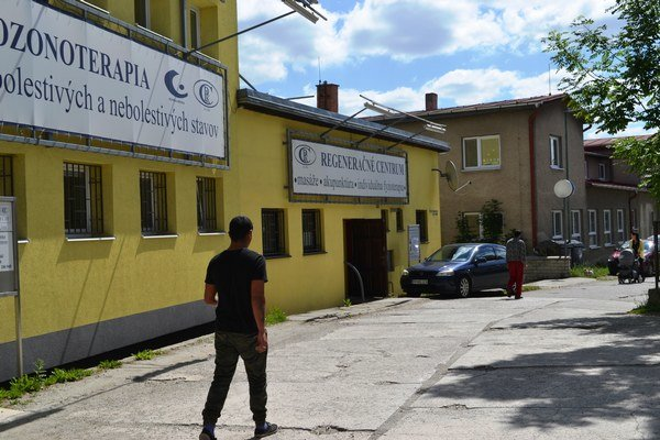 Kostkova klinika v Spišskej Belej. Všetko funguje po starom.