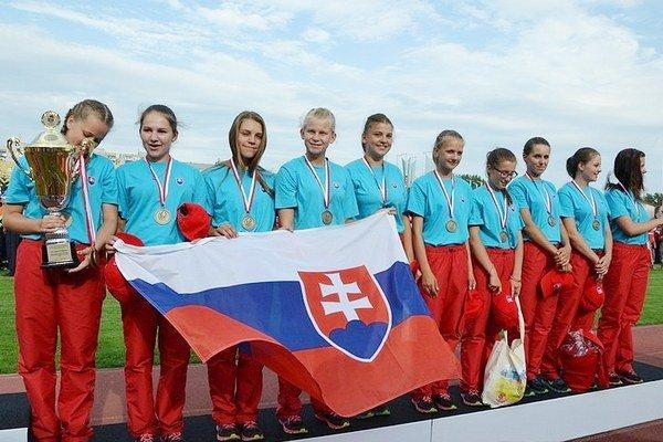 Bronzové dievčatá. Zo Šuňavy.