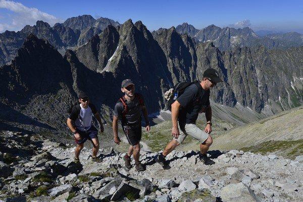 Sedielko (2374,6 mnm) je najvyššie položeným sedlom vo Vysokých Tatrách, ktorým vedie značkovaný turistický chodník prekonávajúci hlavný hrebeň Vysokých Tatier.