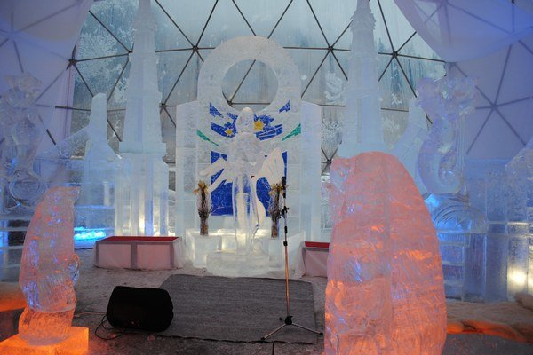 Tatranský ľadový dóm. Práce na ňom sa začnú vo štvrtok, otvoria ho na konci novembra.
