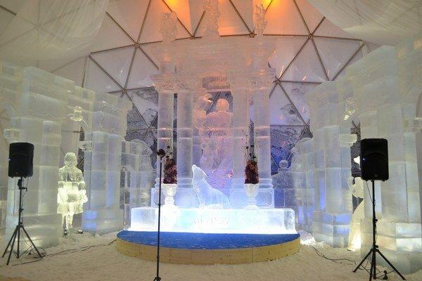 Krása ľadového dómu. Už čaká na svojich návštevníkov.