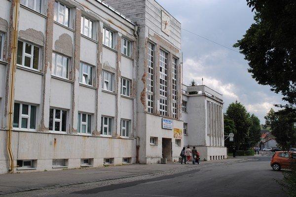 Kežmarská nemocnica. Prenájom riešia pred voľbami.
