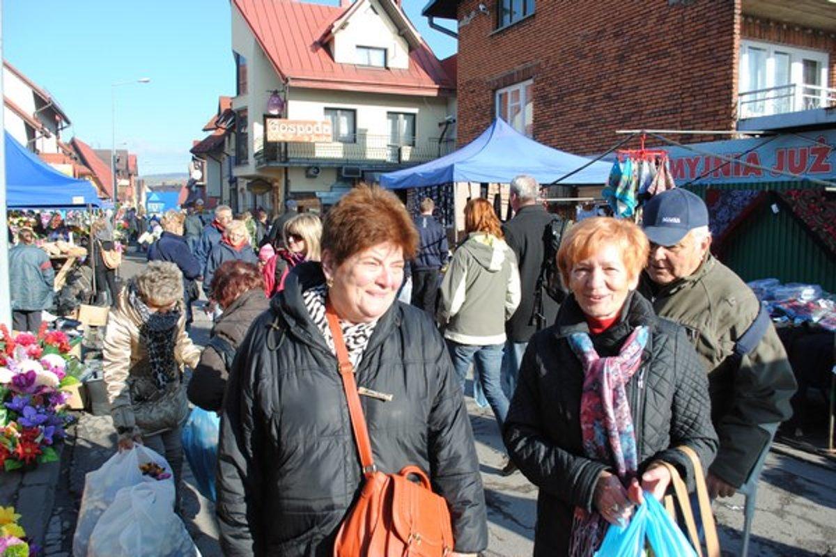 982025987b3d Slováci nakupujú pred Dušičkami vo veľkom aj v Poľsku - Korzár SME