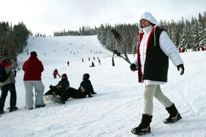 Pre lyžiarov bude v piatok otvorená zjazdovka Interski. V Jasnej spúšťajú v  sobotu Bielu púť.27. nov 2013 fb1ba4daa93