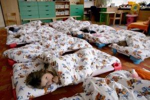 Materské škôlky sú v Poprade plné.