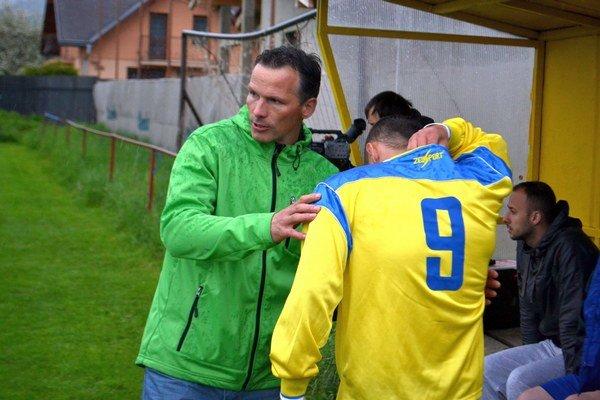 Pavol Kubičko naďalej ostáva pri trénerskom kormidle v Spišskom Bystrom.