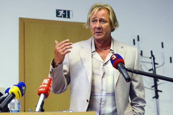 Majiteľ Slovana Bratislava Ivan Kmotrík