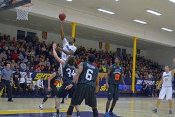 Basketbalisti Svitu. V sobotu ich čaká Inter Bratislava.