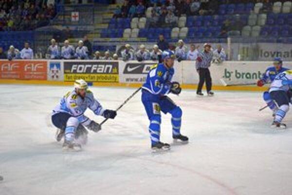 Radoslav Suchý. Po vyše piatich týždňoch sa vracia na ľad.
