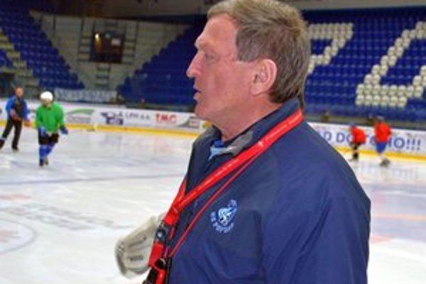 Milan Skokan. Tréner HK Poprad verí v kvalitnú finálovú sériu.