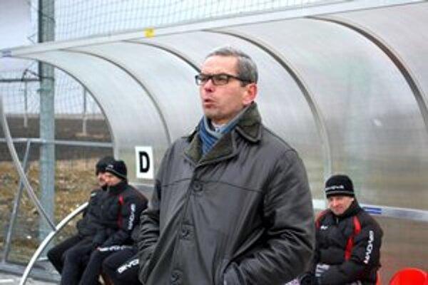 Marián Wikarski. Už nie je trénerom Spišskej Belej.