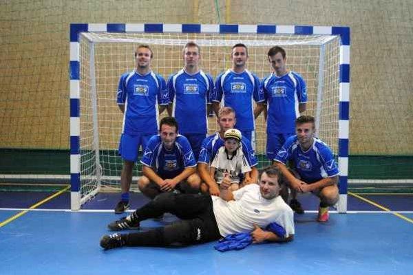 Suverén futsalového turnaja. Ligový pohár sa stal korisťou hráčov SDS.