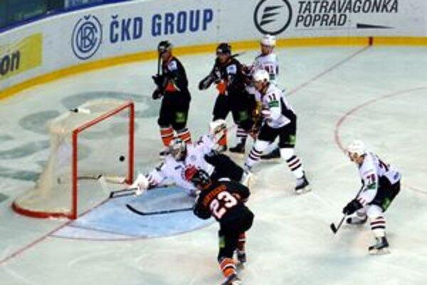 """Jediný gól """"levov"""". Bartečko takto znížil na 1:2."""
