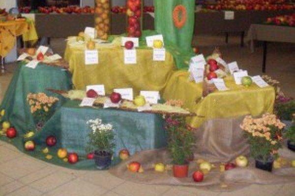 Ovocinári prezentovali svoju úrodu.