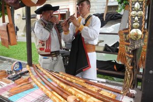Tohtoročným kráľom remesiel je výrobca fujár z Banskej Bystrice Michal Filo.