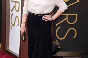 Herecká legenda Meryl Streep určite dúfala, že domov odnesie ocenenie za herecký výkon v hlavnej úlohe filmu Tak blízko od seba. Nestalo sa tak. Na ceremoniál si zapožičala šaty značky Lanvin, ktoré jej sedeli dokonale.