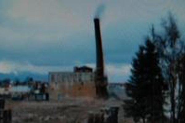 Celý proces odpálenia komína prebehol bez problémov.