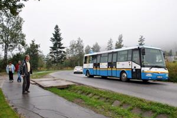 Turisti pozerali, čo za vozidlo sa to objavilo v Tatrách.