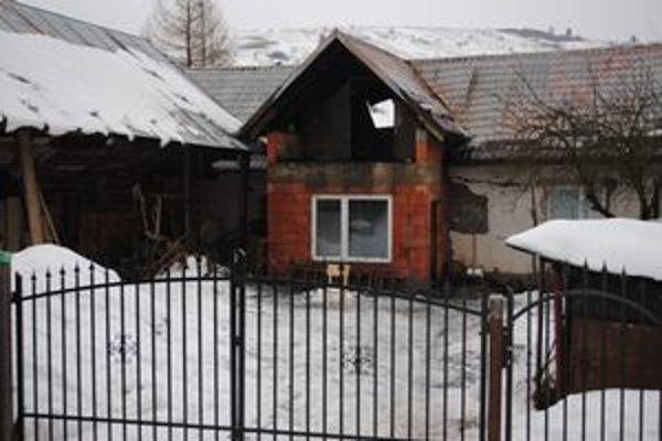 Majitelia si domček obnovovali postupne. Zničil ho požiar.