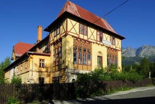 Hotel Lomnica tiež patrí medzi tatranské haraburdy.