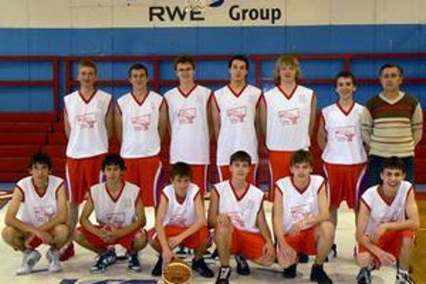 Kadeti BKM Svit. Oddnes sa predstavia na domácom finálovom turnaji.