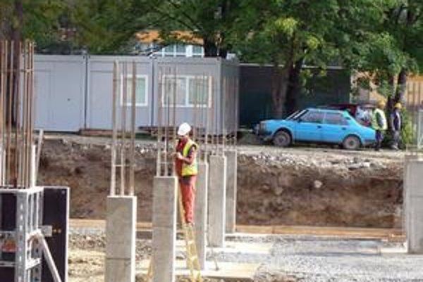 Stavebný úrad chce uzáveru do schválenia územného plánu.