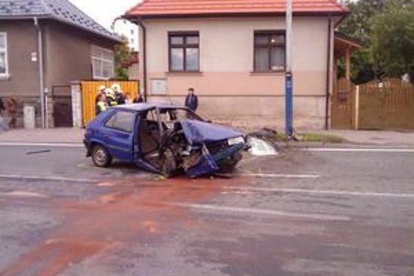 V tomto aute vyhasol zbytočne život 45-ročnej Popradčanky.
