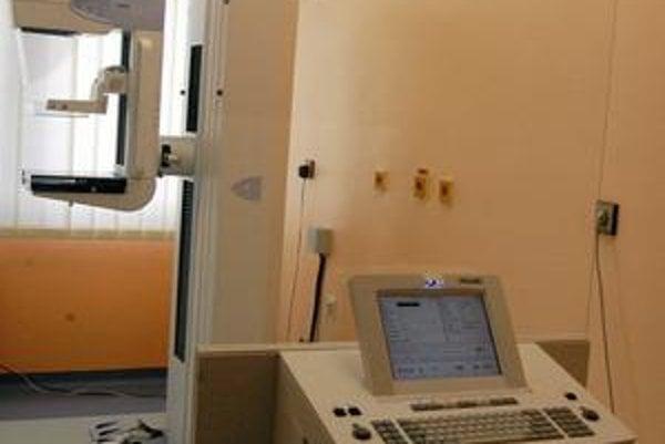 Nový mamograf. Chráni ženy pred rakovinou prsníka nielen v Kežmarku.