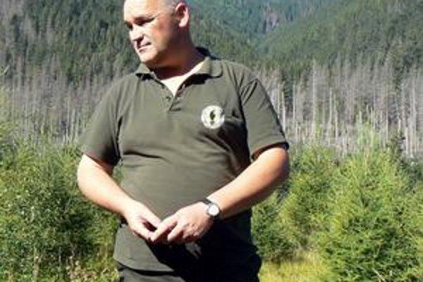 Marián Jurík. Lesníci zažijú v lese hocičo. Z príhod M. Juríka by sa už dala napísať i kniha.