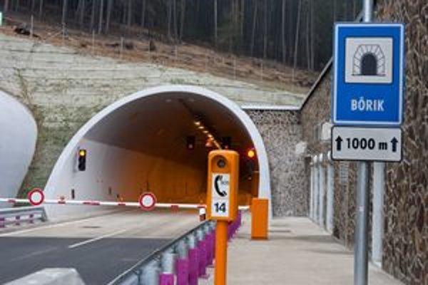 Bôrik je druhým diaľničným tunelom na východe Slovenska.