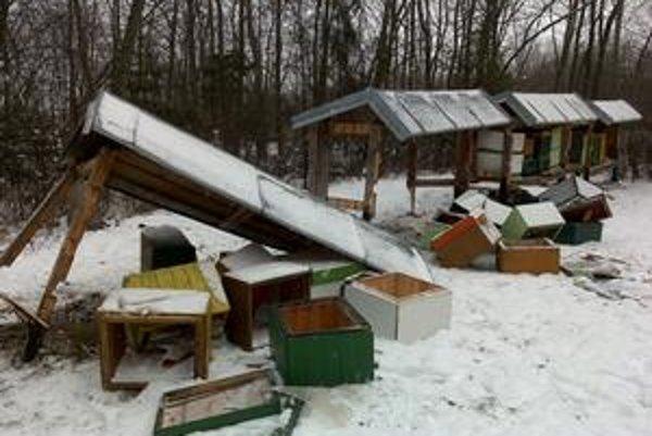 Zlodeji bez zábran. Majiteľovi pri Spišskej Belej spôsobili obrovské škody.