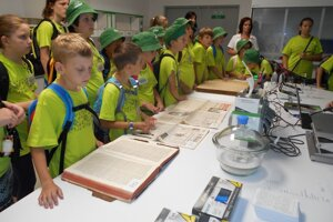 V Digitalizačnom stredisku SNK mali deti čo obdivovať.
