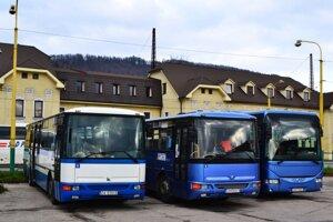 Treba mať správnu aplikáciu a svoj autobus môžete online sledovať.
