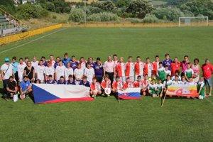 Futbalové tímy odohrali dva zápasy.