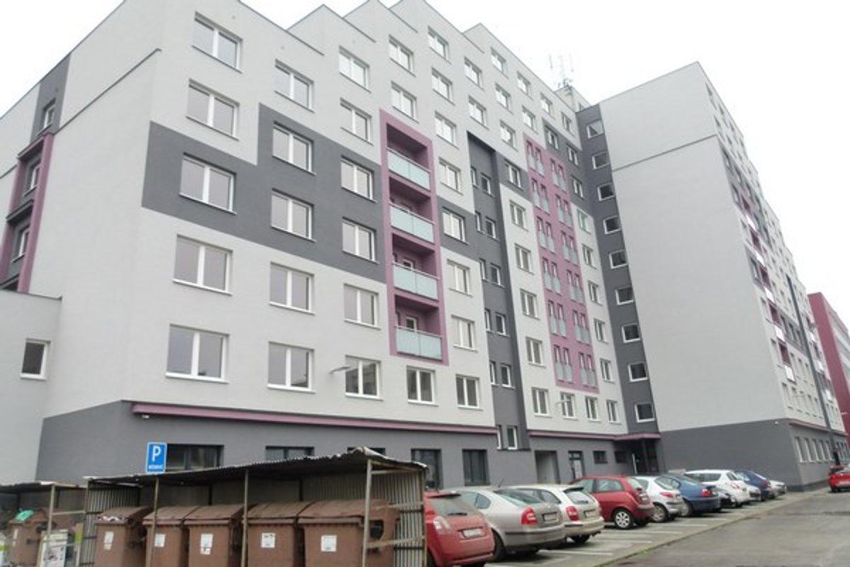 42629eceb Nájomné byty si žiadatelia vyžrebovali - SME | MY Levice