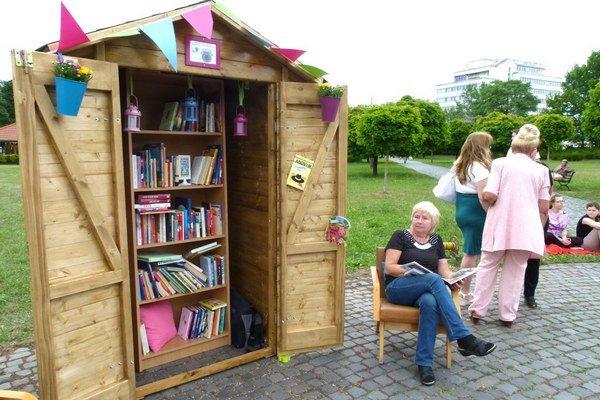 Letná knižnica bola v Parku M. R. Štefánika v Leviciach vlani po prvý raz.