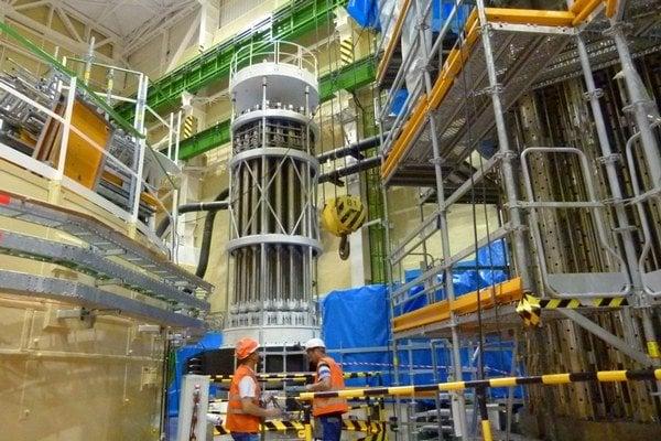 Reaktorová hala.