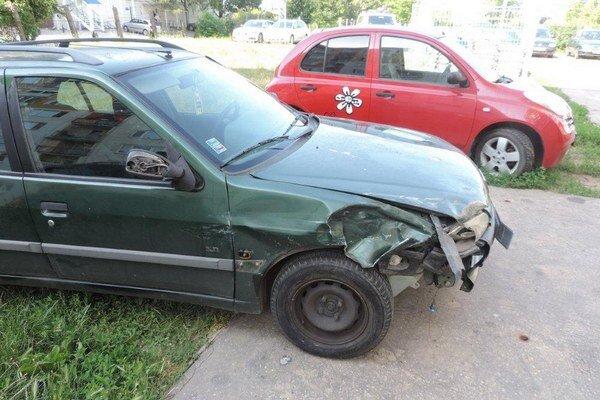 Rozbité auto.